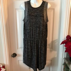 Lou & Grey Casual Sleeveless Dress Size Medium